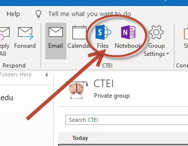 An arrow pointing to the icons to launch Notebook, or Sharepoint.